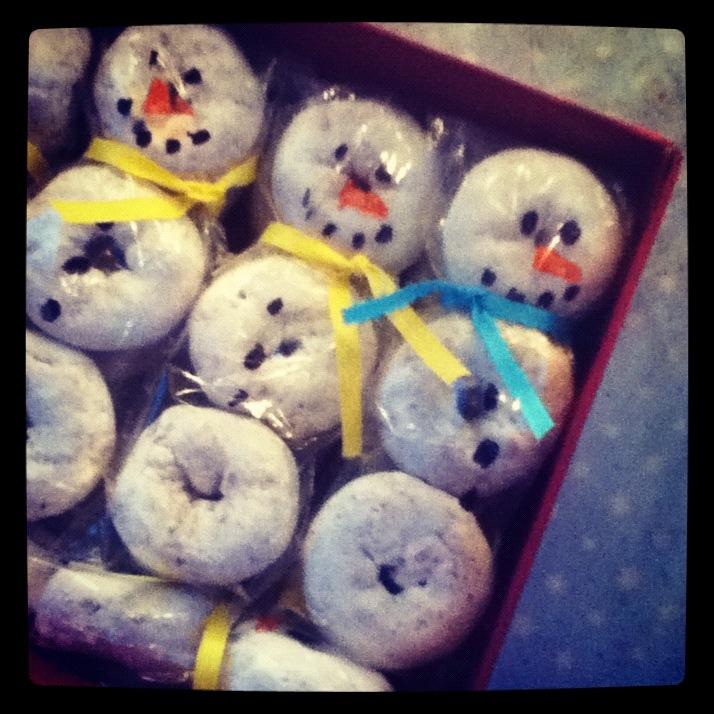 donut-snowman