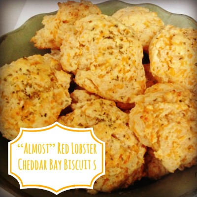 """Almost"" Red Lobster Cheddar Bay Biscuit"