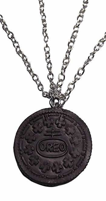 7 OREO NECKLACE